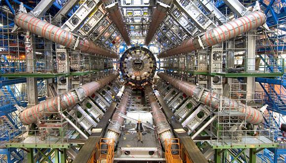 """ביה""""ס לפיזיקה ולאסטרונומיה"""